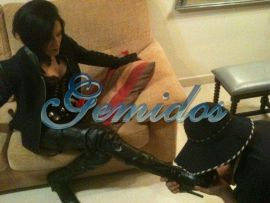 Domina Nadia